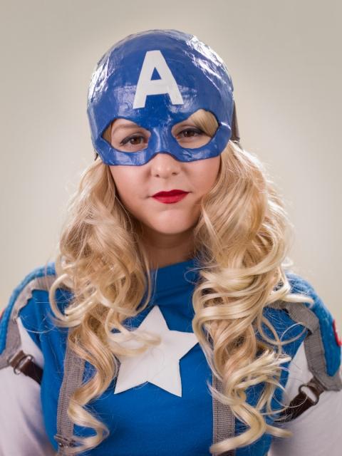 Comic Con - Captain America Natalie Aviles