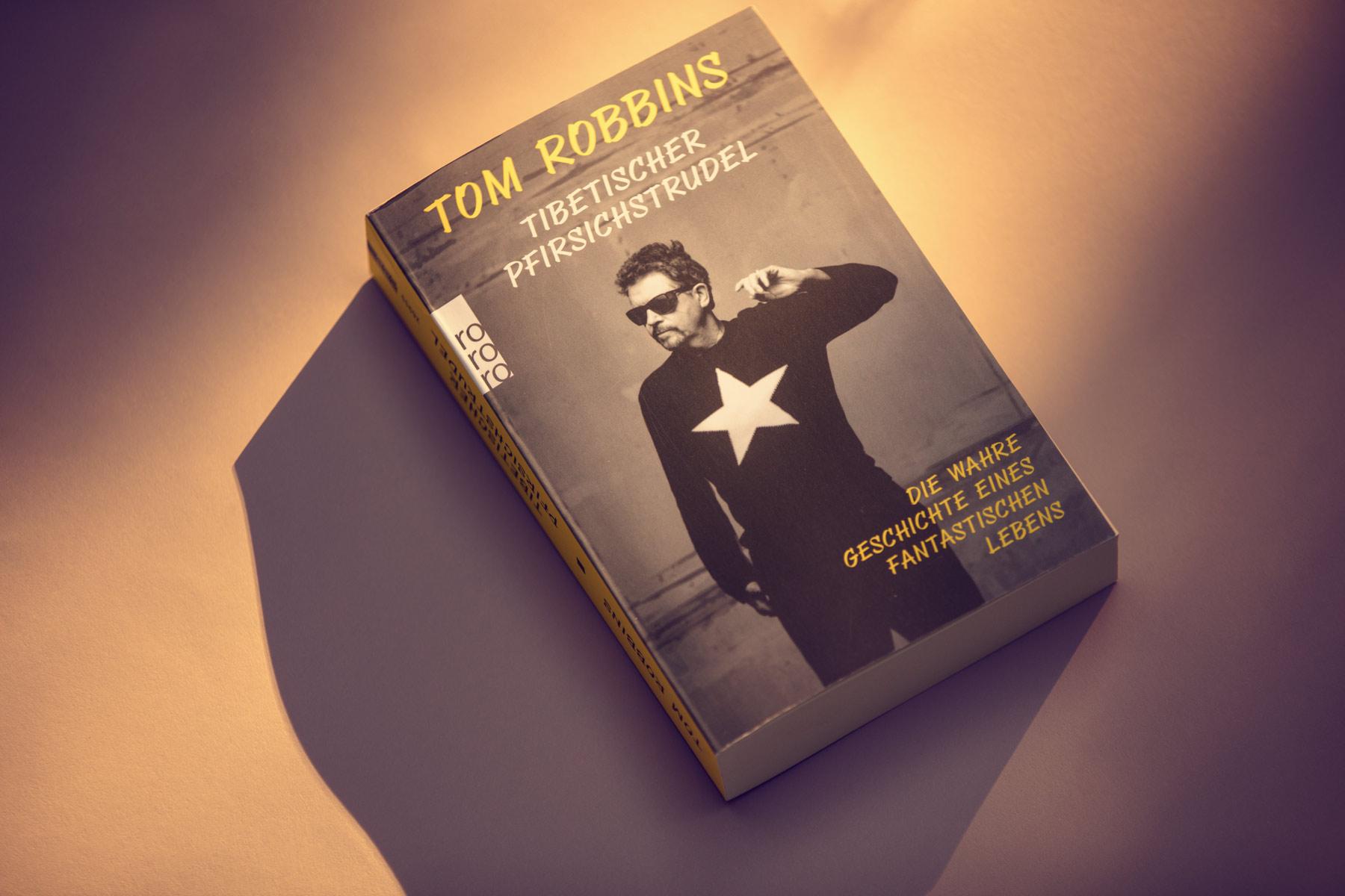 Tom Robbins - book