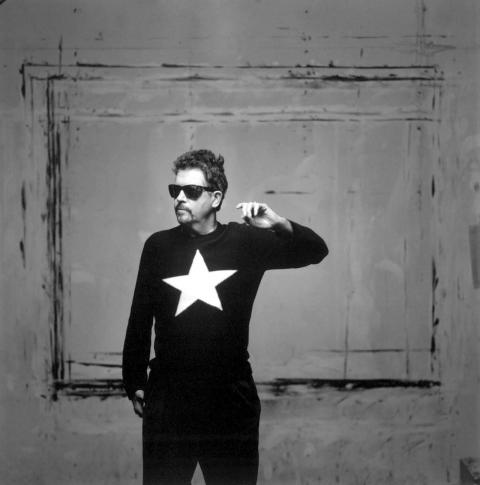 Tom Robbins - portrait